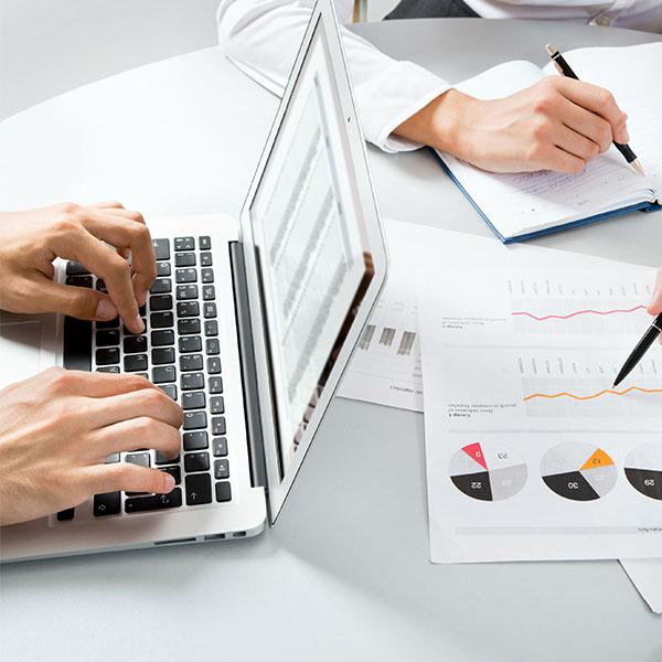 kakoj-biznes-otkryt'-v-internete